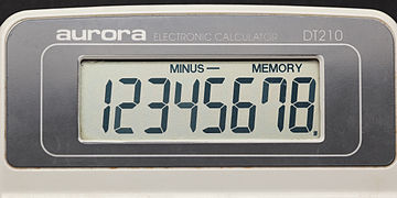 Aurora electronic calculator DT210 08.jpg