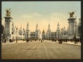 Avenue Nicholas II, looking towards the Dome of the Invalides, Exposition Universal, 1900, Paris, France-LCCN2001698564.tif