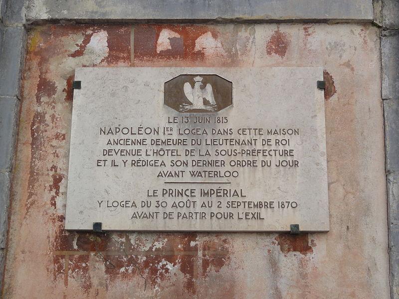 Avesnes-sur-Helpe (Nord, Fr) plaque defaites 1813, 1870.