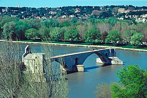 Bridge to nowhere - Pont de Saint-Bénezet