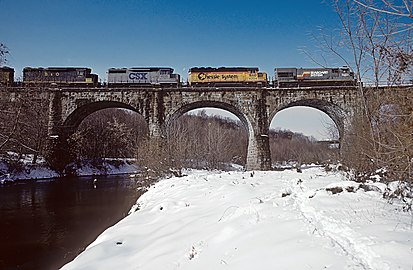 B&O Thomas Viaduct spans the Patapsco River and Patapsco Valley between Relay and Elkridge, MD on November 12, 1987 (25030595384).jpg