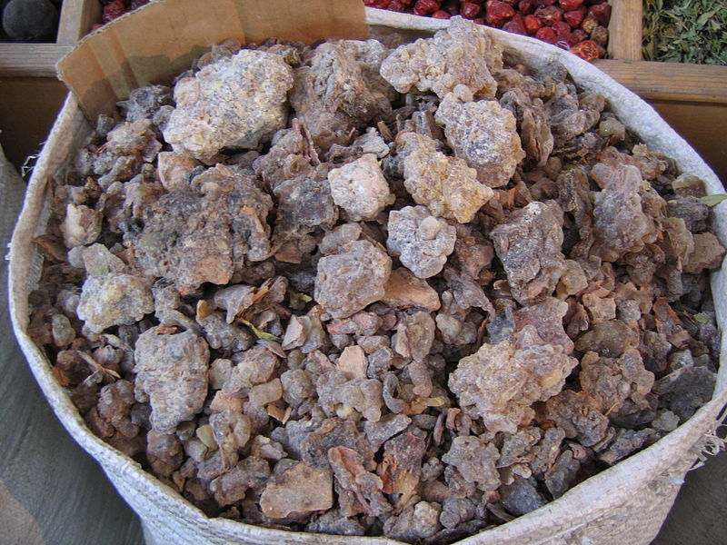 File:Bag of frankincense at Dubai spice souk.jpg