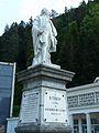 Bagnères-de-Luchon statue Étigny.JPG
