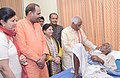 Bandaru Dattatreya interacting with the patient after launched the 'Kahin Bhi-Kabhi Bhi' medical facilities for the ESIC beneficiaries of Delhi and inaugurated the '06 bedded Day Care Unit' of ESI Dispensary, in New Delhi.jpg