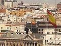 Bandera de España de la Plaza de Colón desde la Calle de Alcalá, Madrid, España, 2015.JPG