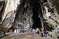 Batu caves (18952371036).jpg