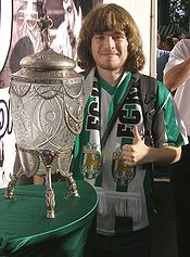 Benutzer Friend mit dem UdSSR-Pokal.jpg