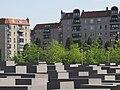 Berlin Mitte am Holocaust Mahnmal - panoramio.jpg