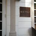 Betsy Hotel (Miami Beach).jpg