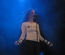 Bevrijdingsfestival 2008 - Nemesea - Manda Ophuis 03.jpg