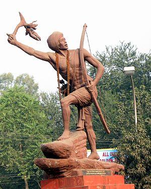 Birsa Munda - Birsa Munda statue by Nabhendu Sen at Naya More, Bokaro Steel City, Jharkhand