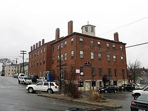 Puritan House - 2 Main Street