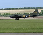 Boeing B-17G Flying Fortress 'Sally B' (17553549634).jpg