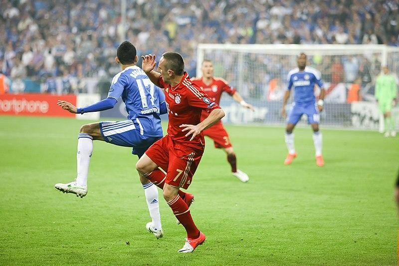 File:Bosingwa Ribery.jpg