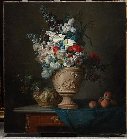 Filebouquet Of Flowers In A Terracotta Vase With Peaches And Grapes