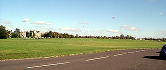 The Downs, Bristol - Image: Bristol cd 041004 kites