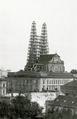 Brno, Petrov, chrám sv. Petra a Pavla v rekonstrukci, pohled od Pekařské přes Městský dvůr.png
