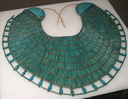 Broad collar necklace of Wah.jpg