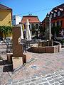 Brunnen Marktplatz Nierstein.JPG