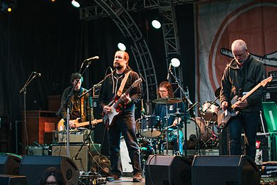 Picture of a band or musician: Built To Spill