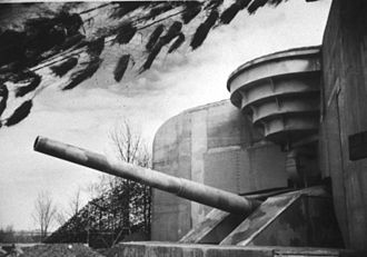 "Todt Battery - Image: Bundesarchiv Bild 146 1986 104 10A, Atlantikwall, Batterie ""Todt"""