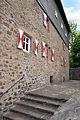 Burg Hessenstein 04 Treppe zum Hauptgebäude.jpg