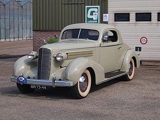 Cadillac Series 60 - Image: Cadillac V8(1936), Dutch license registration AH 75 44 pic 4