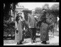Calvin Coolidge and ladies outside White House, Washington, D.C. LCCN2016893448.tif