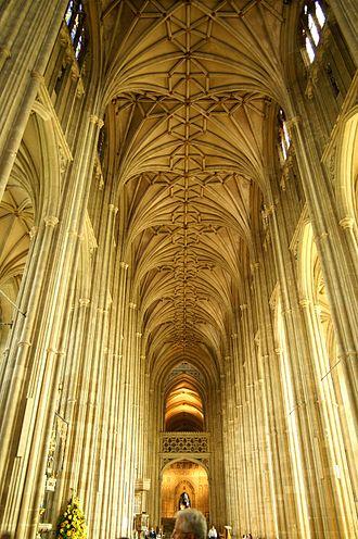 Henry Yevele - Image: Canterbury Cathedral Nave 1