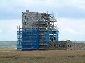 Carrigafoyle Castle undergoing restoration in 2003.jpg