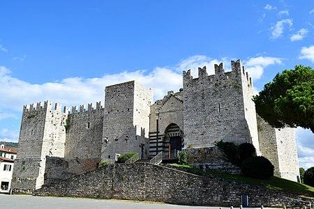Castello dell'imperatore - Prato 02.jpg