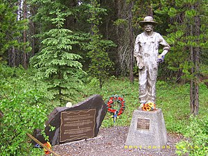 "Ukrainian Canadian internment - Commemorative plaque and a statue entitled ""Why?"" / ""Pourquoi?"" / ""Chomu?"", by John Boxtel at the location of the Castle Mountain Internment Camp, Banff National Park."