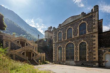 Centrale électrique de Vernes à Livet-et-Gavet, classée monument historique