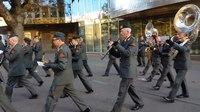 File:Ceremonieel ontvangst Georgische commandant der strijdkrachten.webm
