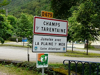 Champs-sur-Tarentaine-Marchal - Road signs entering Champs-sur-Tarentaine-Marchal, on the D679 road