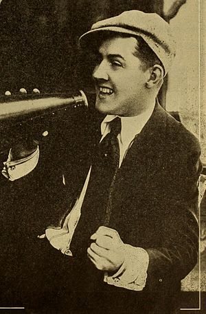 Charley Chase - Chase directing (1916)
