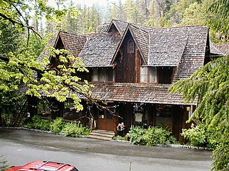 Cave Junction, Oregon - The Oregon Caves Chateau