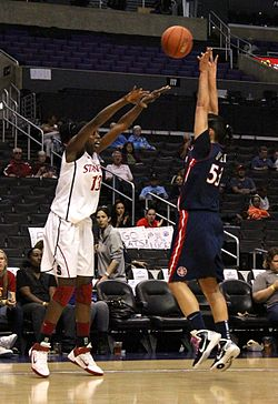 Image illustrative de l'article Chiney Ogwumike