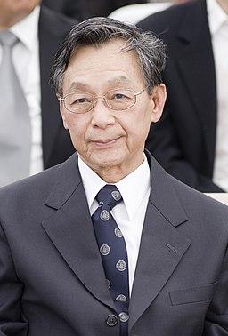 Chuan Leekpai 2010-04-01