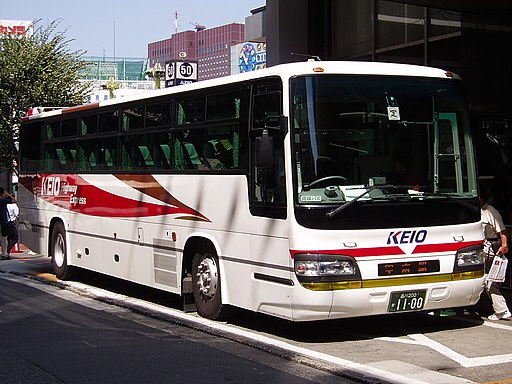 Chuo-Highway-Bus-Keio-E