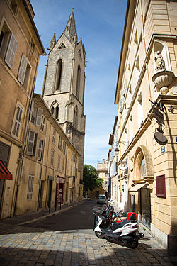 Church in Aix-en-Provence.jpg