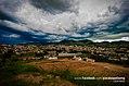 Cidade de Paraisópolis com o Machadão ao fundo.jpg