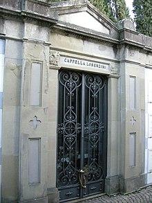 La Cappella Lorenzini dove è sepolto Collodi al cimitero delle Porte Sante a Firenze