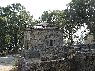 Architecture of Portugal - Iron age house in Citânia de Briteiros