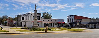 Clayton, Alabama - Courthouse Square and Confederate Monument in Clayton