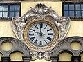 Clock of Palazzo Pretorio, Lucca.jpg