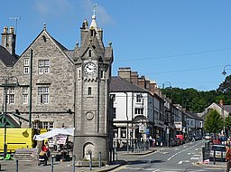 Clock tower, Llangefni - geograph.org.uk - 863791.jpg