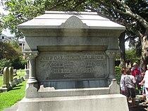 Closeup of John C. Calhoun grave IMG 4649.JPG