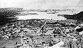 Collectie NMvWereldculturen, TM-10021675, Repronegatief 'Gezicht over het Schottegat met Pensionaat Welgelegen en de raffinaderij van de Curaçaose Petroleum Industrie Maatschappij (CPIM)', fotograaf niet bekend, 1910-1943.jpg