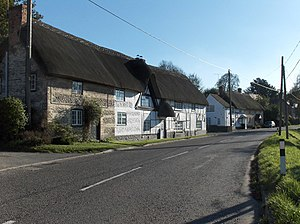 Collingbourne Ducis - Cottages on the A346